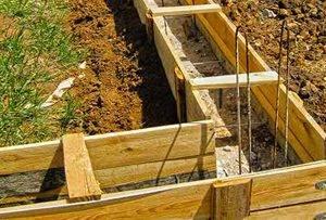 В какое время года начинать строить дом а когда не нужно? строительство дома зимой или летом: плюсы, минусы, предостережения и факты.