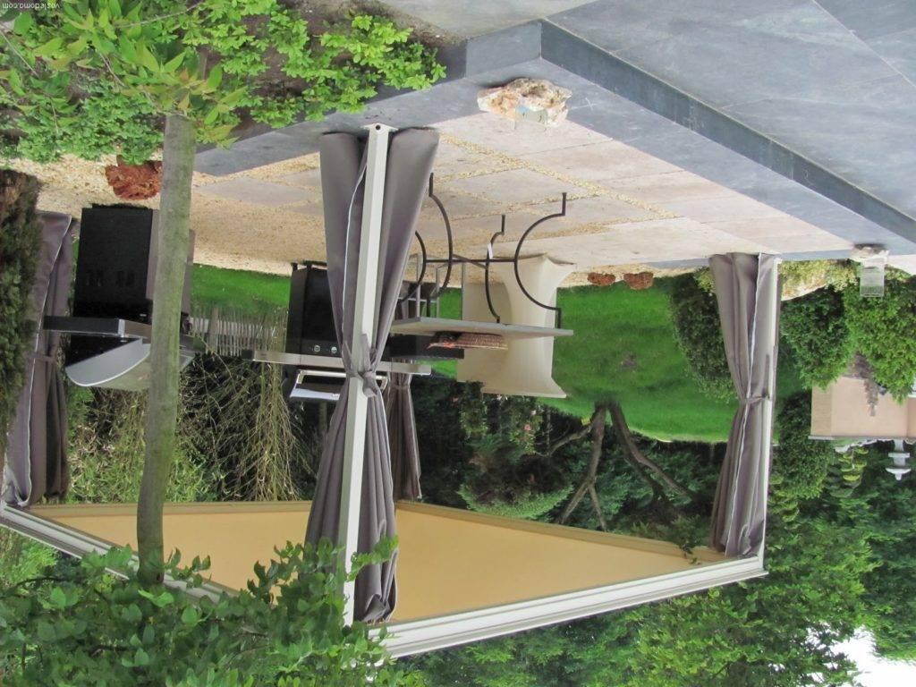 Деревянные навесы для дачи своими руками: особенности конструкции и этапы строительства
