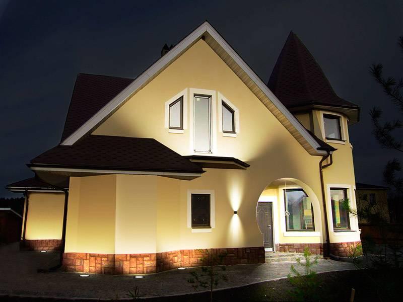 Подсветка фасадов - преимущества и недостатки светового оформления фасада дома. особенности акцентного, контурного, динамического освещения (фото + видео)