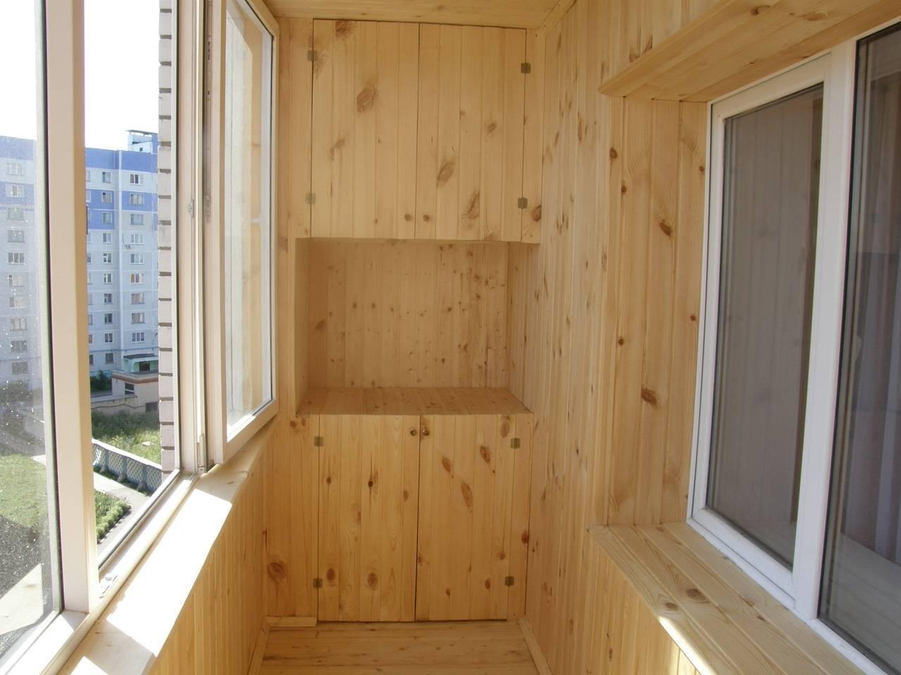 Чем лучше обшить балкон внутри: виды материалов и их особенности