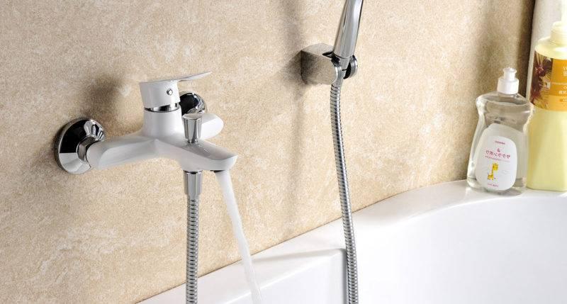Замена смесителя: как поменять в ванной своими руками, как снять и заменить кран, демонтаж с раковины