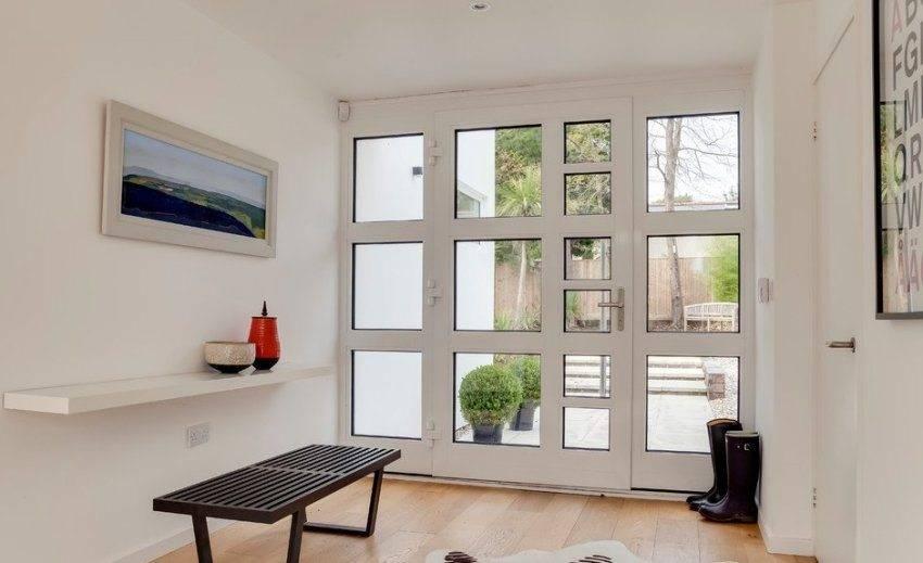 Металлопластиковые двери: входные, межкомнатные и их разновидности, комплектующие, особенности установки и эксплуатации
