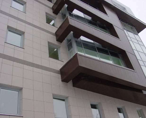 Что стоит узнать перед тем как обшить балкон или лоджию снаружи?