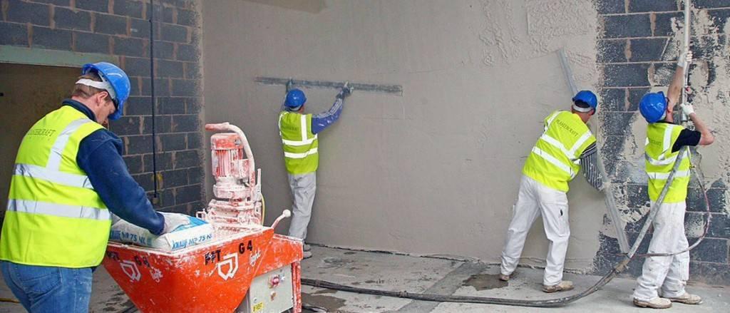 Какую шпатлевку выбрать для стен под обои? | строительные материалы