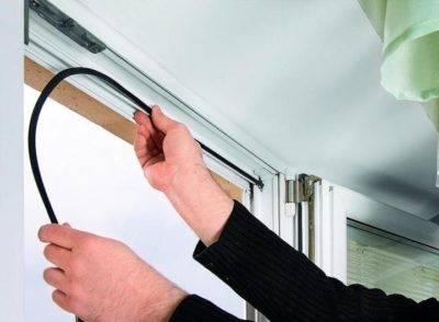 Замена уплотнителя в пластиковых окнах: как заменить самому?