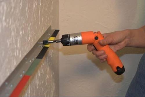 Крепеж для полок к стене – какие виды бывают, какой тип выбрать