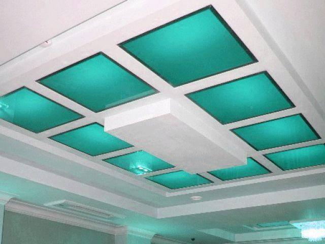Потолок из оргстекла своими руками с подсветкой или без: как смонтировать потолочную конструкцию из матового плексигласа