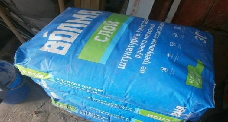 Какая штукатурка под плитку лучше: гипсовая или цементная