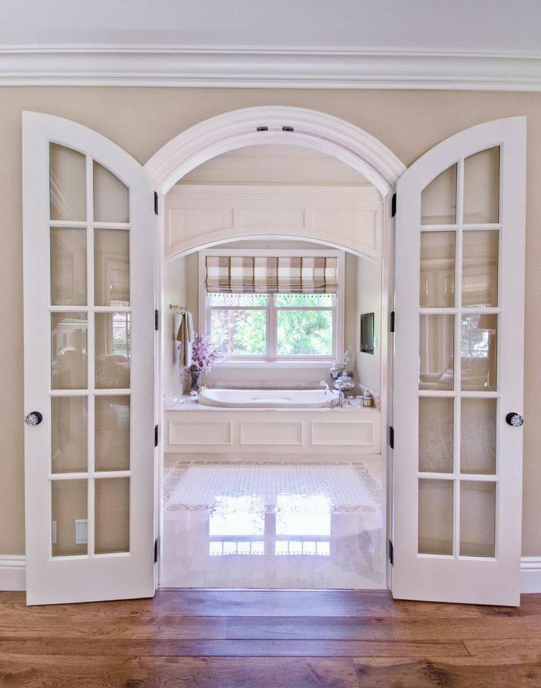 Двери в санузел (42 фото): выбираем оптимальный вариант