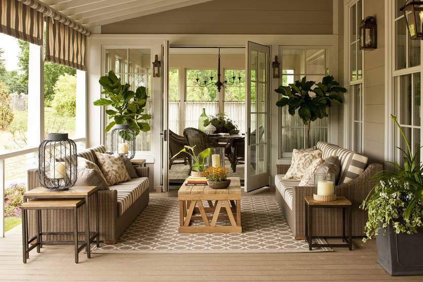 Внутренняя отделка веранды в частном доме — фото чем обшить потолок и стены, из чего сделать напольное покрытие и как покрасить