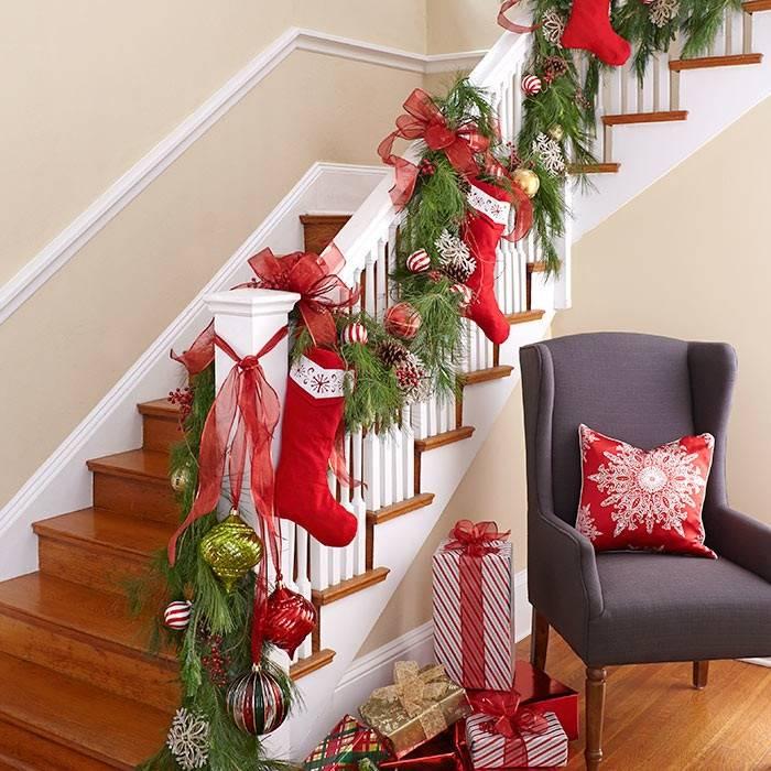 23 великолепные идеи украшения лестницы к рождеству 23 великолепные идеи украшения лестницы к рождеству