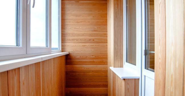 Интересные идеи отделки балконов (65 фото)