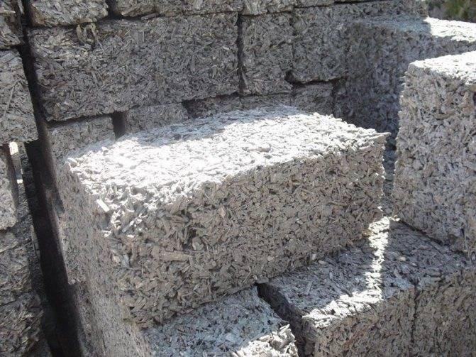 Баня из арболита (25 фото): плюсы и минусы постройки из арболитовых блоков. проекты монолитных бань своими руками. отзывы владельцев