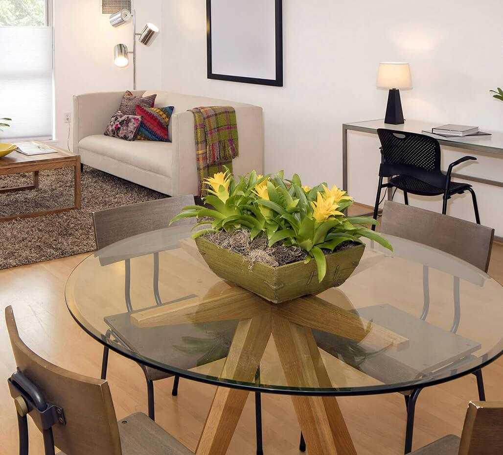 Журнальный стол – как подобрать красивый дизайн стола, для современного интерьера? (87 фото)
