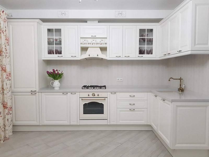 Белая кухня с деревом (25 реальных фото): примеры удачных сочетаний