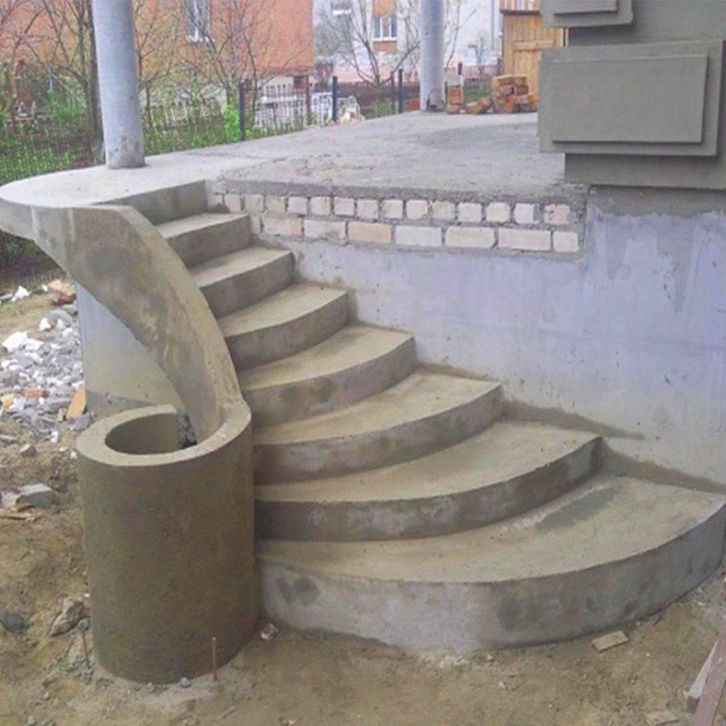 Как залить крыльцо из бетона своими руками?