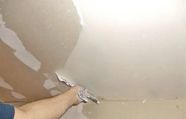 Шпаклевка потолка под покраску: изготовление своими руками, как правильно шпаклевать, какая шпатлевка лучше