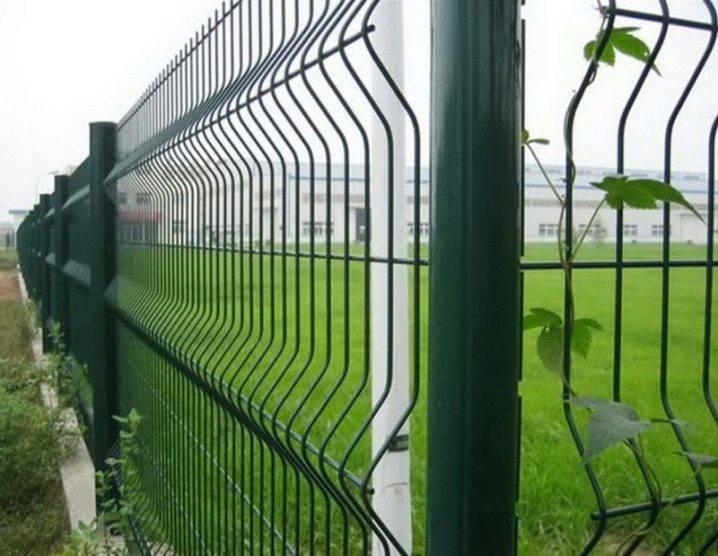 Пластиковая сетка для забора: виды, производители, крепление