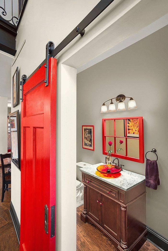 Двери в ванную комнату — критерии выбора, особенности установки и оценка качества влагостойких моделей межкомнатных дверей (125 фото и видео)