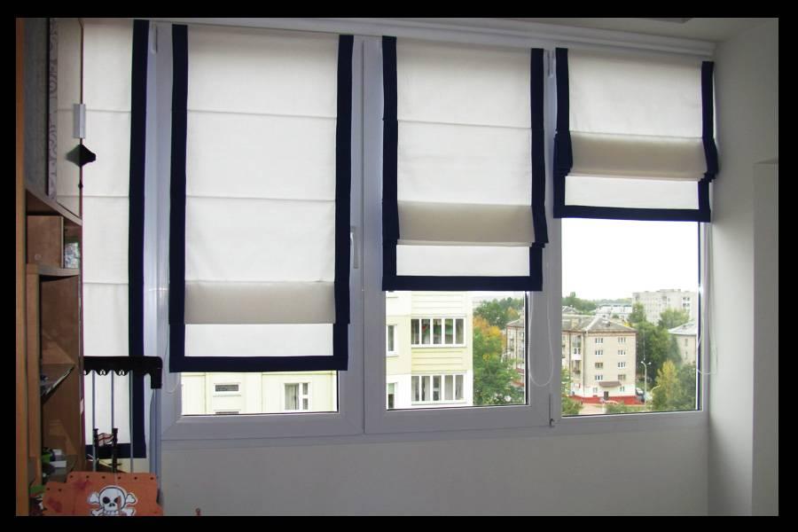 Жалюзи на балкон с раздвижными окнами