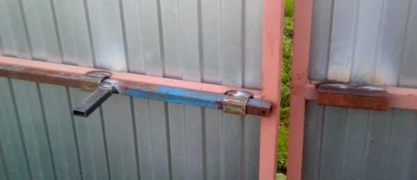 Засов для гаражных ворот: делаем своими руками- виды и пошаговая инструкция +фото и видео