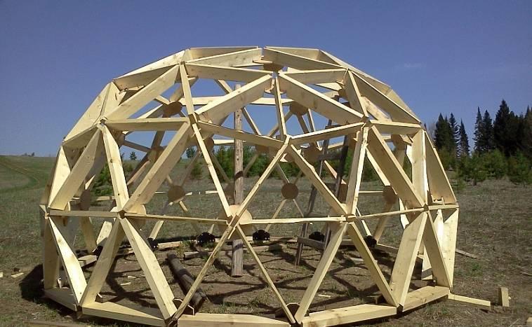 Крыша каркасного дома: особенности, правила и расчет конструкции