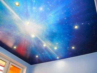 Натяжной потолок с эффектом «звездного неба»
