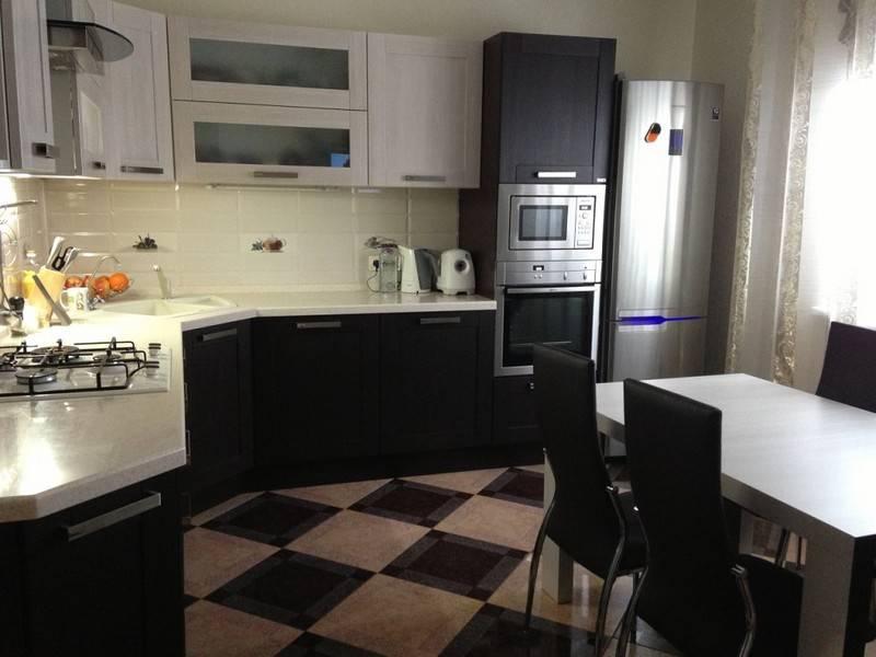 Кухонный гарнитур для маленькой кухни: самые практичные примеры