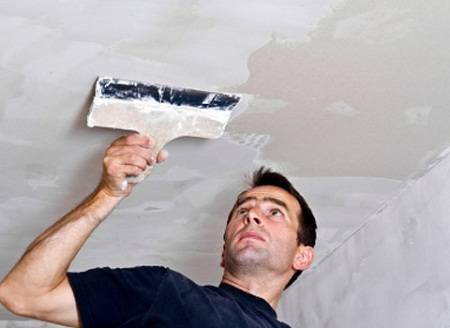 Побелка потолка водоэмульсионной краской своими руками: пошаговая инструкция