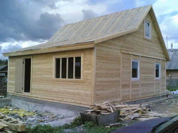 Как оштукатурить деревянный дом внутри?