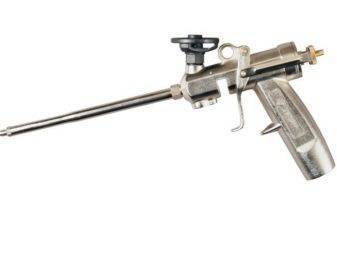 Пистолет для монтажной пены – особенности разных видов, как правильно выбрать, пользоваться и чистить устройство?