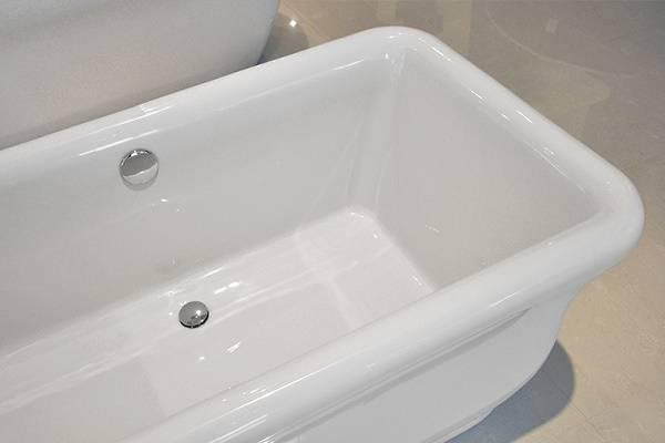 Установка акриловой ванны своими руками: пошаговая инструкция по инсталляции на каркасе