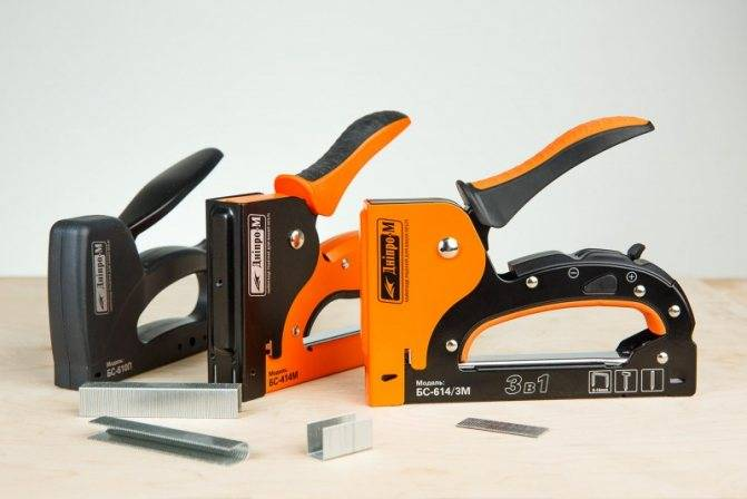 Строительный степлер: какой лучше, как выбрать, советы профессионала, рейтинг