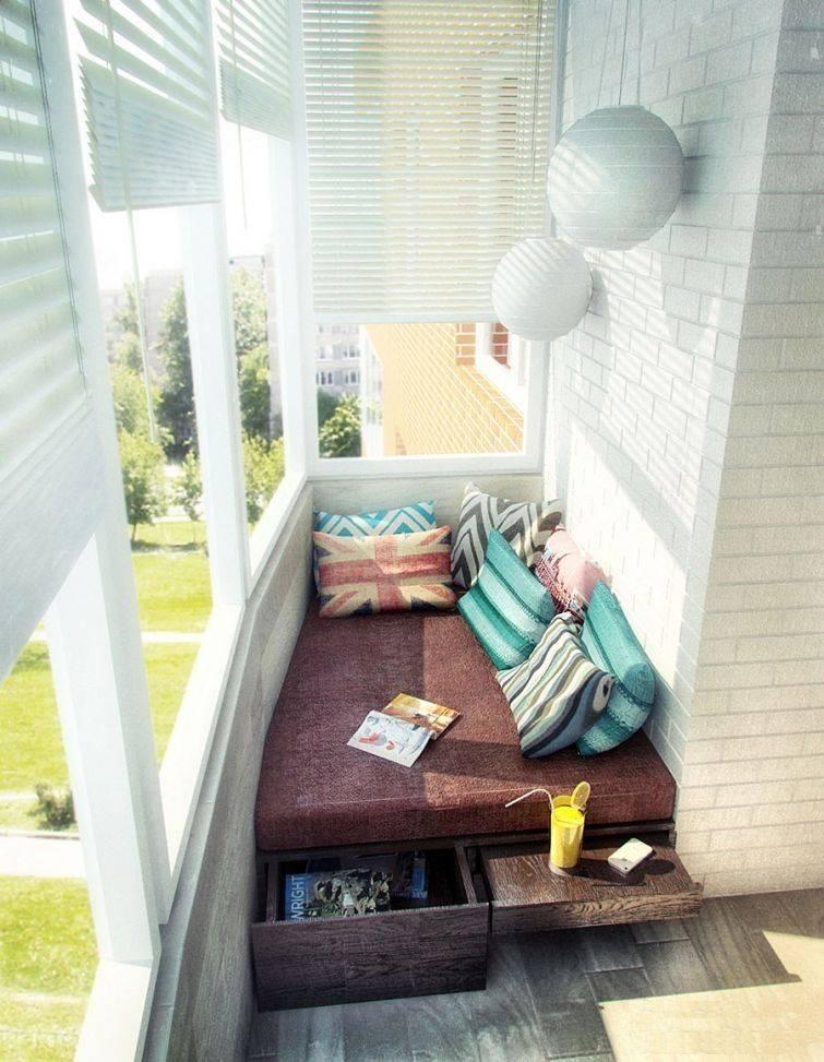 Какие жалюзи лучше на балконе использовать - красивые идеи в интерьере и правила выбора