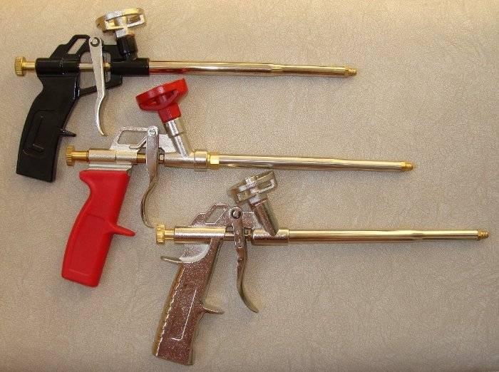 Пистолет для монтажной пены: нюансы выбора и обзор популярных моделей