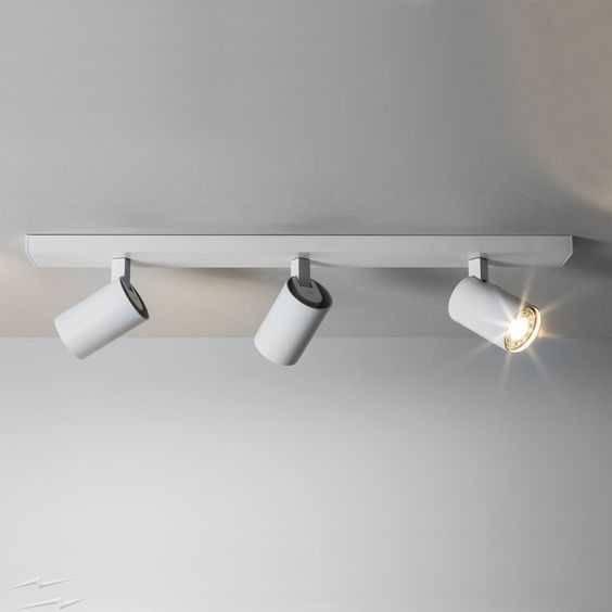 Подсветка для картин и зеркал: что выбрать (светодиодные светильники, бра), фото в интерьере » интер-ер.ру