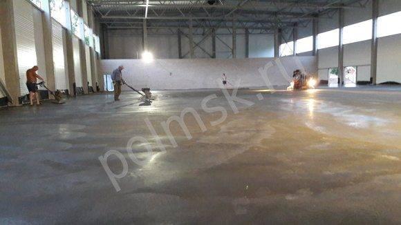 Как залить бетонный пол с топпингом