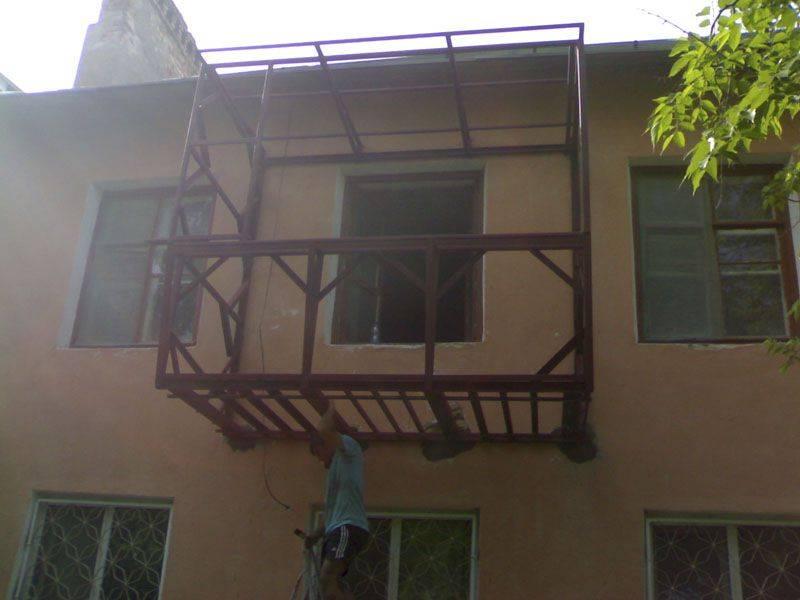 Отделка балкона своими руками на реальном примере (23 фото)