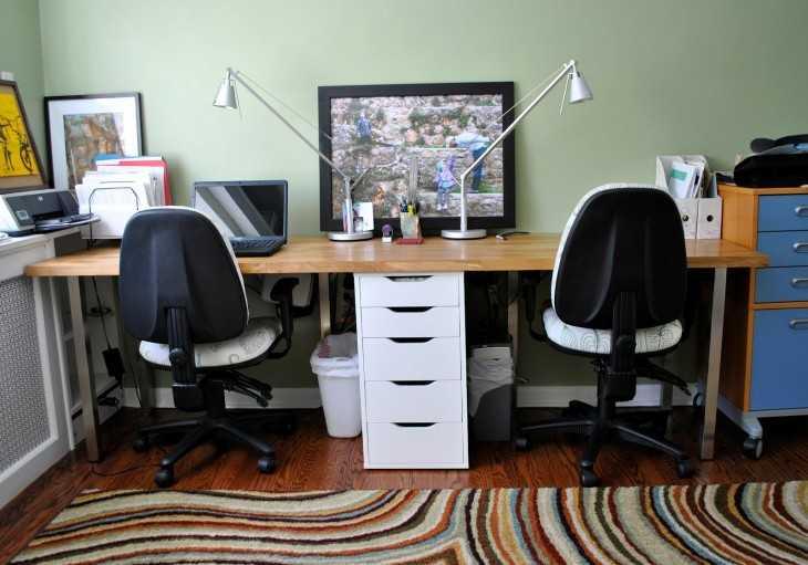 Угловой компьютерный стол и кресло для него: топ 100 фото красивого оформления в интерьере