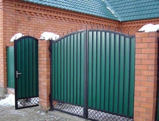 Алютех, дорхан, херманн | какие ворота лучше в гараж?