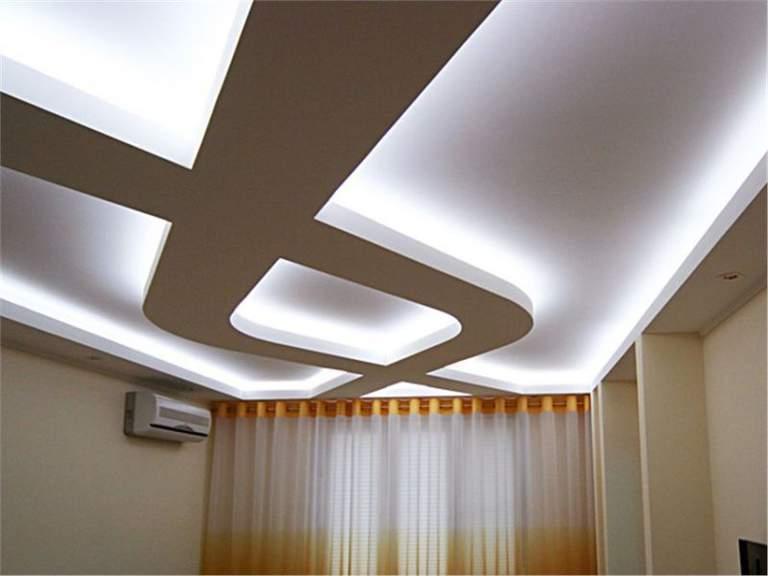 Многоуровневый потолок из гипсокартона с подсветкой (9 фото)