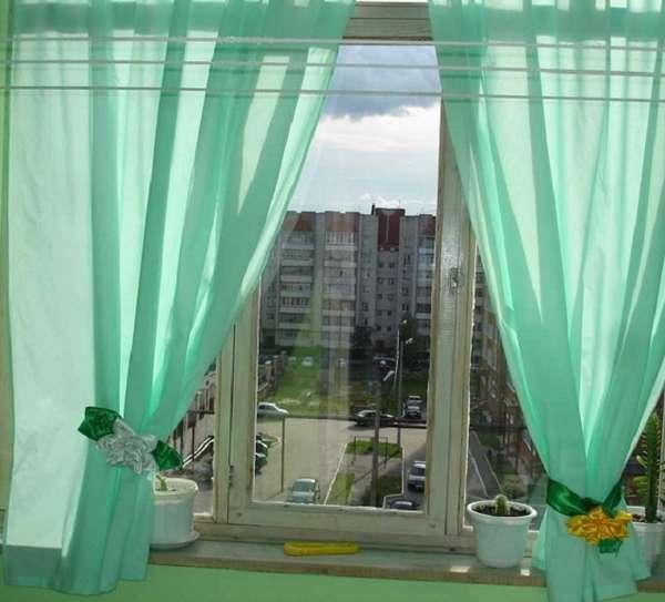 Что выбрать для защиты балкона от солнца?