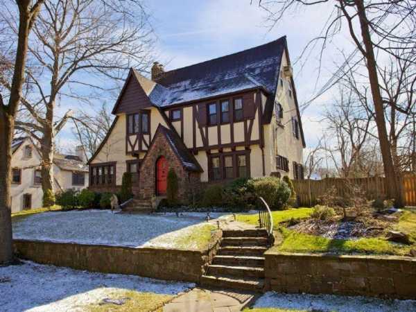 Проекты домов в английском стиле из кирпича. дом в английском стиле: обзор дизайна для загородных и городских построек (80 фото)