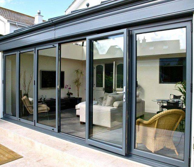 Раздвижные окна для террасы: преимущества, комплектующие и уход за окнами для веранды и террасы