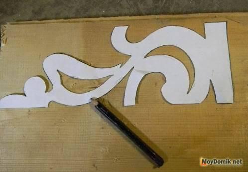 Прорезная резьба (ажурная) с трафаретами: шаблоны, с фото, по фанере лобзиком по чертежу