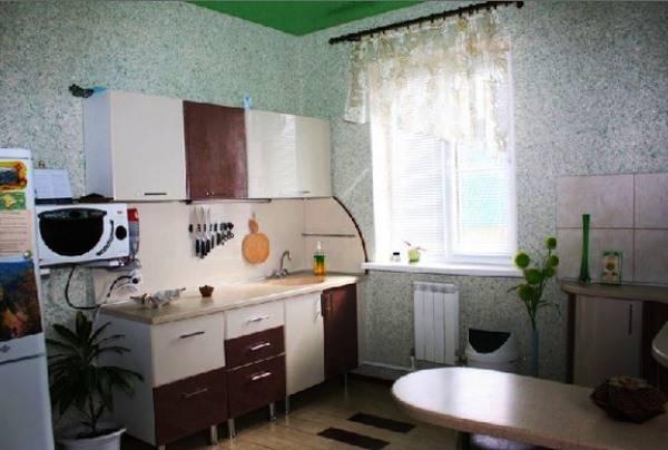 Жидкие обои на кухне (42 фото): варианты дизайна интерьера. можно ли клеить жидкие обои для стен на кухне? идеи отделки