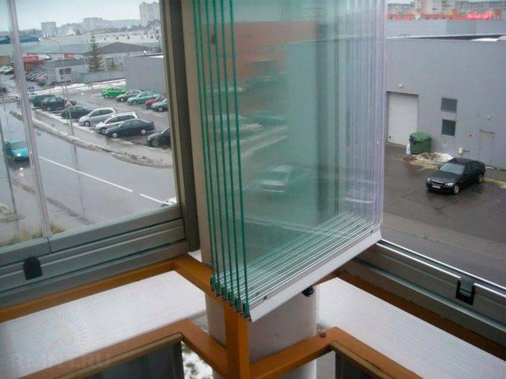 Стеклопакеты на балкон: 4 вида, пошаговая инструкция по монтажу