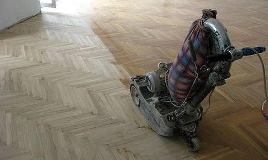 Циклевка деревянного пола своими руками: способы, технология проведения и советы эксперта