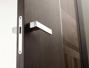 Магнитный замок на входную дверь: установка электромагнитного замка с картой на стеклянные, металлические и деревянные двери без сверления