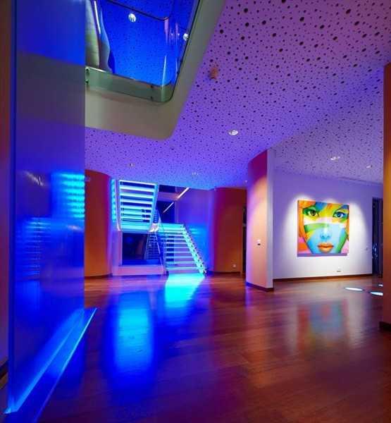 Светодиодная подсветка потолка (75 фото): варианты размещения светодиодов под плинтусом, как сделать led и диодную подсветку